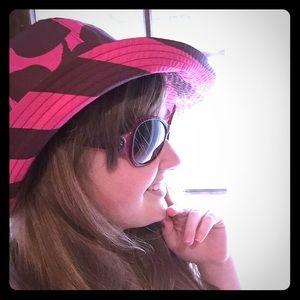 Juicy couture reversible rain hat